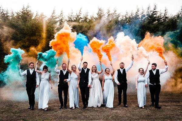 Цветной дым на свадьбу фото 1