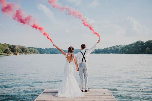 Цветной дым на свадьбу фото 2